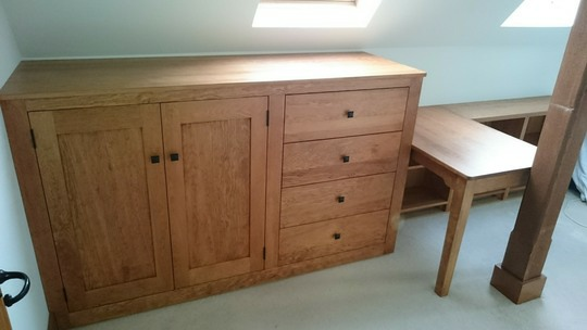 Att1-Hogshaw-Attic-Made-To-Measure-Bedroom-Furniture
