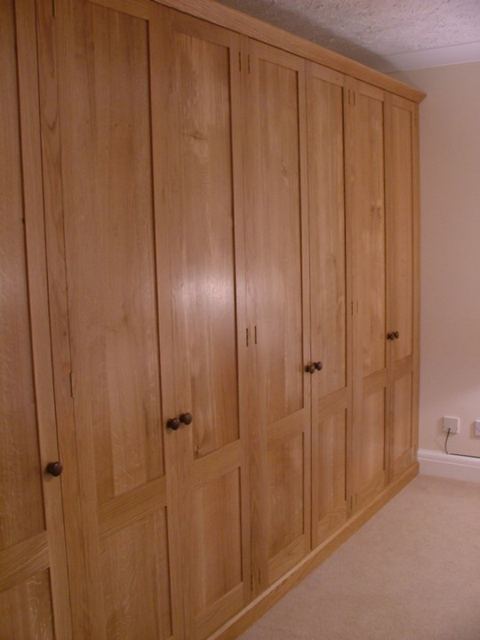 Sha6-Oak-Fitted-Bedroom-Furniture-Shaker-Made-To-Measure
