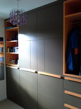 Con2-Bespoke-Avant-Garde-Wardrobe-Furniture-Stokenchurch