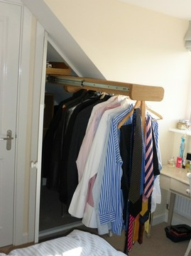 Int1-Interior-Features-Wardrobes-Deep-Pull-Out-Hanging-Rail